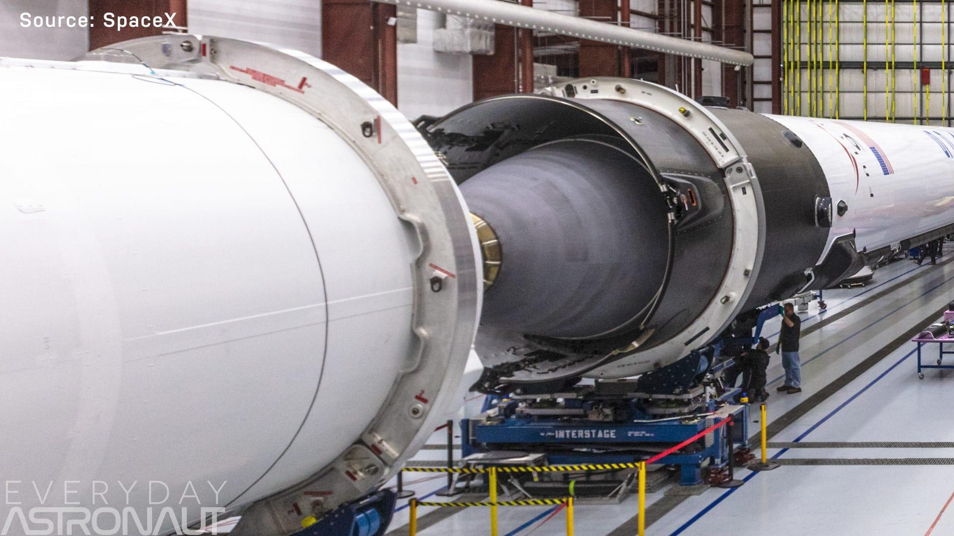 Falcon 9 vacuum engine