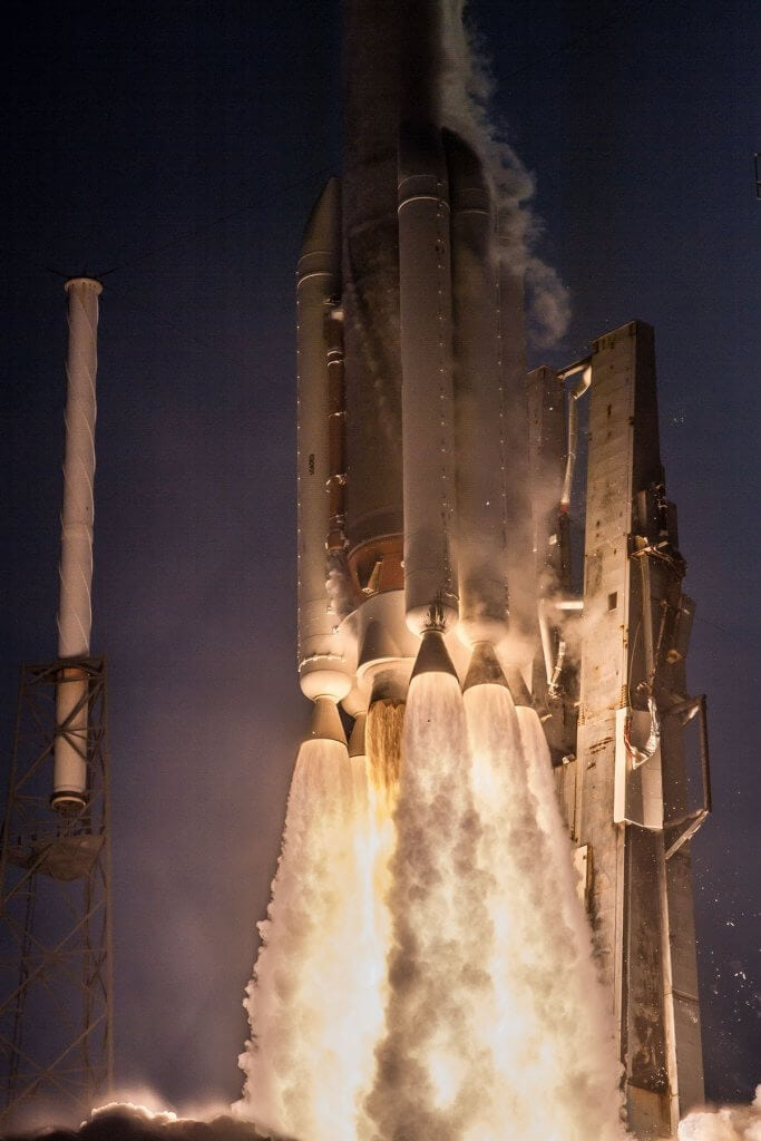 rocket fire steam water vapor rocket atlas v 551 united launch alliance launch pad florida night