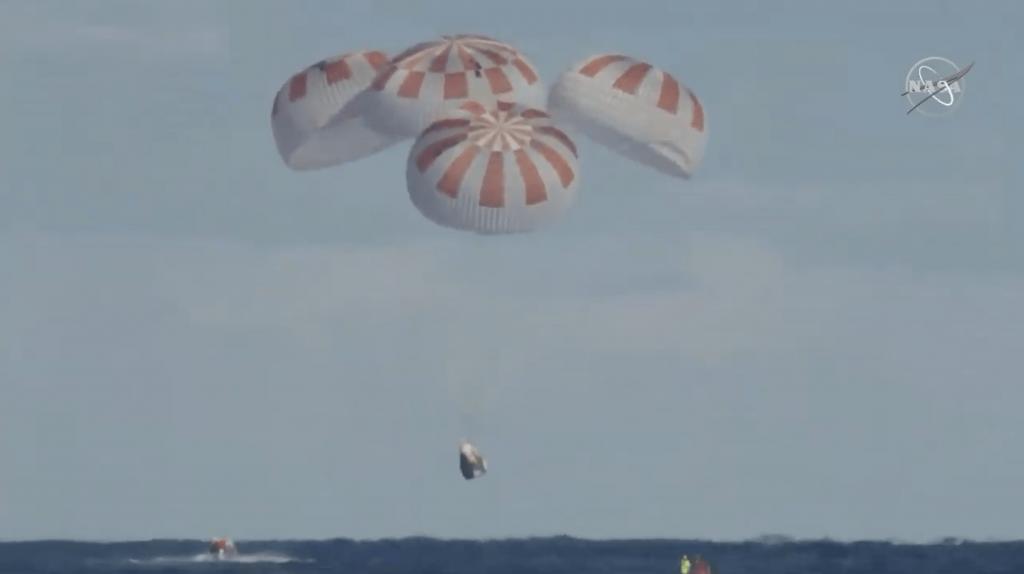 Crew Dragon DM-1 test flight splashdown