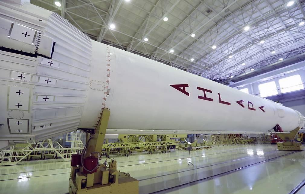 Mock-up of Angara rocket