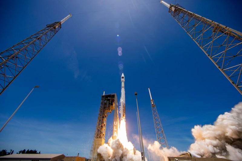 Atlas V 421 Launch