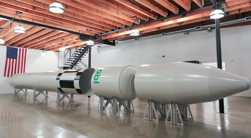 Un «mock-up» del cohete RS-1