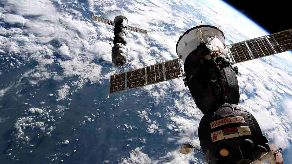 Undocking of the Pirs module from the ISS