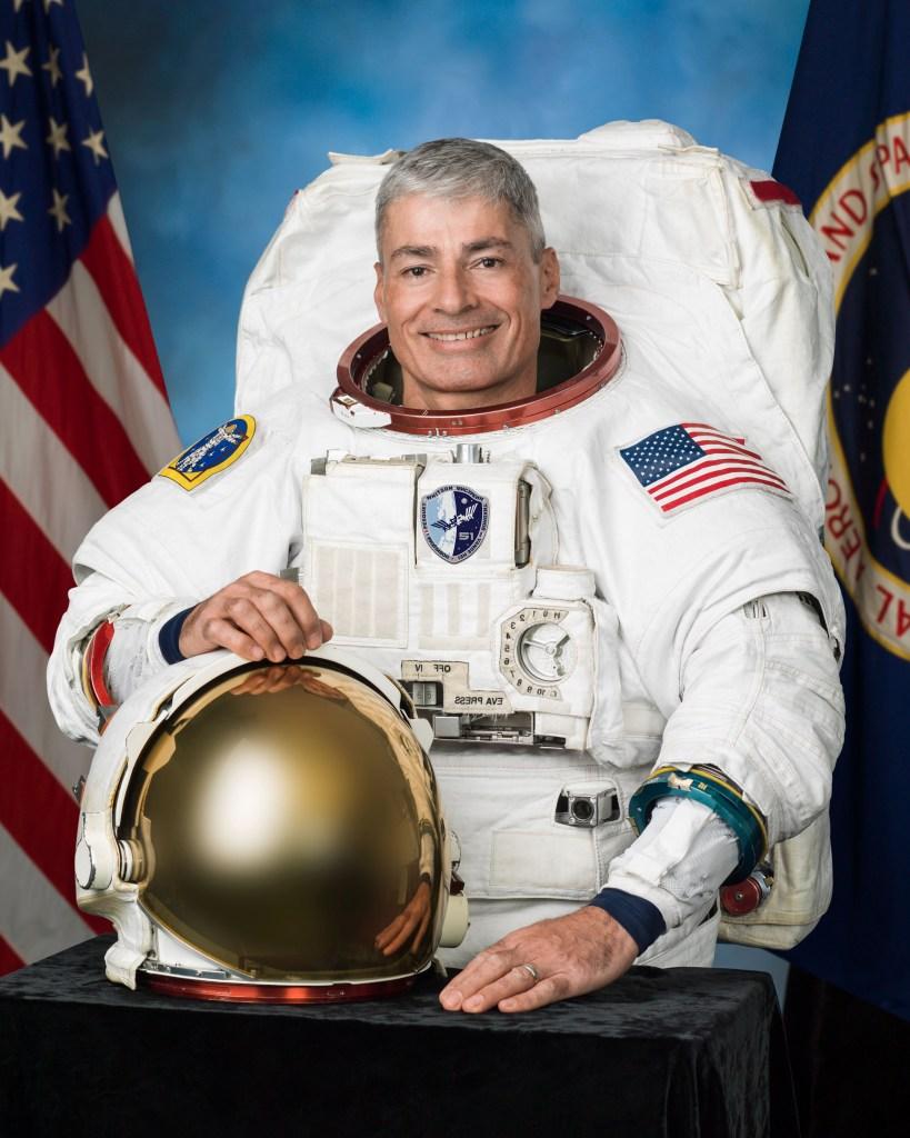astronaut, nasa, soyuz ms-18
