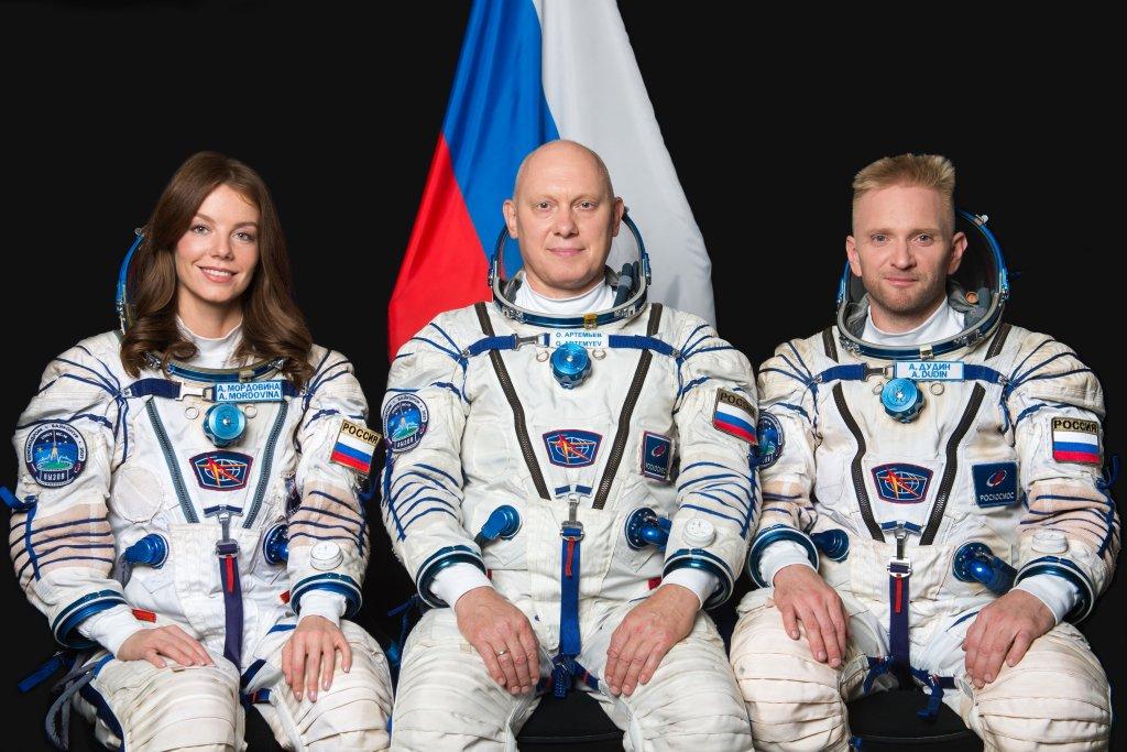 The backup crew of the Soyuz MS-19 mission: Alyona Mordovina, Oleg Artemyev, Alexey Dudin
